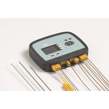 Wielokanałowe rejestratory termoparowe DeltaOHM HD32.8.8 i HD32.8.16 - podłączone termopary