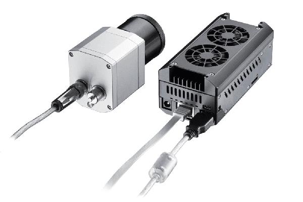 Kamera termowizyjna Optris PI podłączona do komputera PI NexBox
