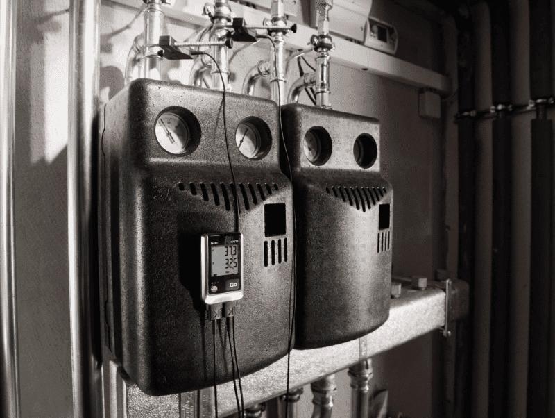 Monitorowanie temperatury zasilania i powrotu systemów grzewczych