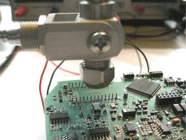 Testy funkcjonalne zmontowanych płytek drukowanych